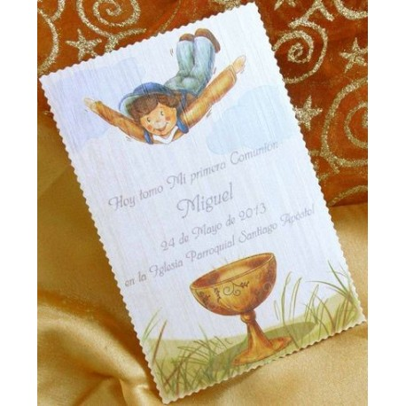 Recordatorio de comunión niño volando caliz