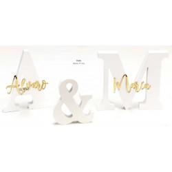 Set iniciales madera lacada blanca con nombres espejo dorados personalizado