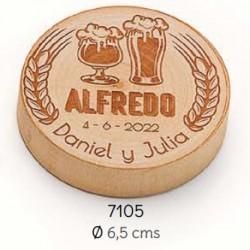 Abrebotellas-imán madera pinta y copa personalizado novios y nombre invitado/a