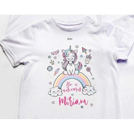 Camiseta unicornio nombre personalizado