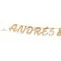 Guirnalda madera pintada silueta nombres novios