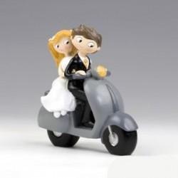 Figura tarta novios Pop & Fun en moto