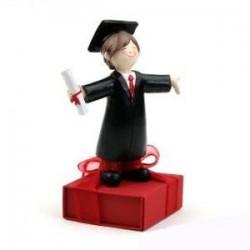 Figura graduacion chico bombones