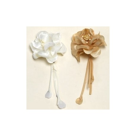 Broche flor marfil/beige