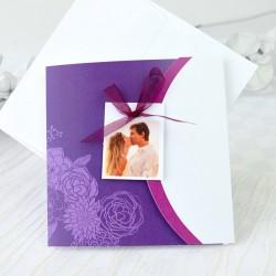 Invitacion de boda novios beso