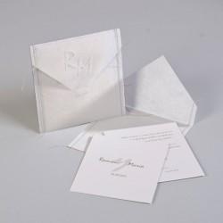 Invitación de boda cosida blanca
