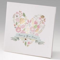 Invitación de boda corazón de flores
