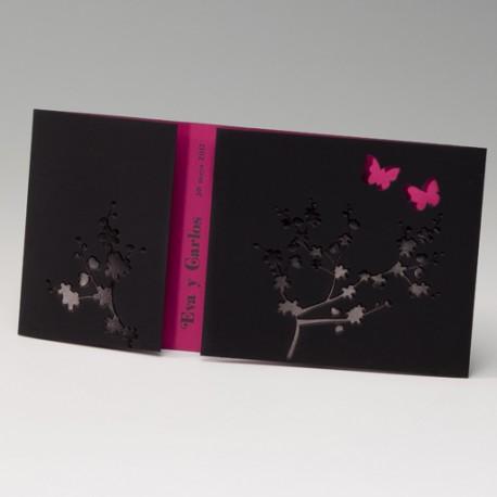 Invitación de boda portada negra mariposas