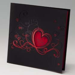 Invitación de boda corazón rojo portada negra