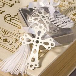 Marca páginas de libro cruz con borla