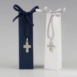 Colgante cruz en caja azul y blanca