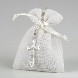 Rosario perlitas adornado en saquito